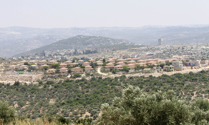 A general view of the Jewish settlement of Brukhim which is located near the West Bank village of Kufr al-Deek near Salfit May 26, 2014. (Reuters)
