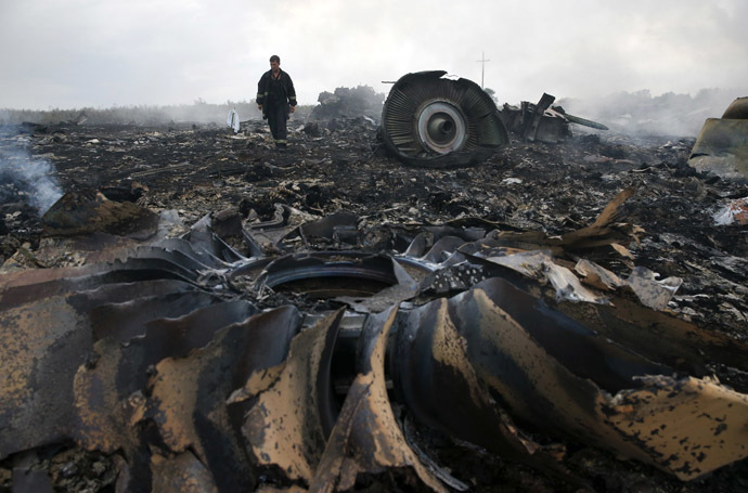 Death & lies: The only truth of flight MH17 Mh-17-3
