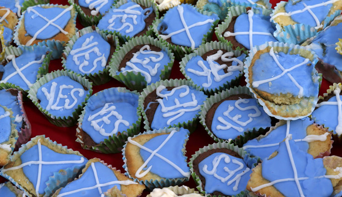 Cakes are seen at a tea-party organised by members of the group 'English Scots for YES' near Berwick-upon-Tweed on the border between England and Scotland September 7, 2014. (Reuters/Russell Cheyne)