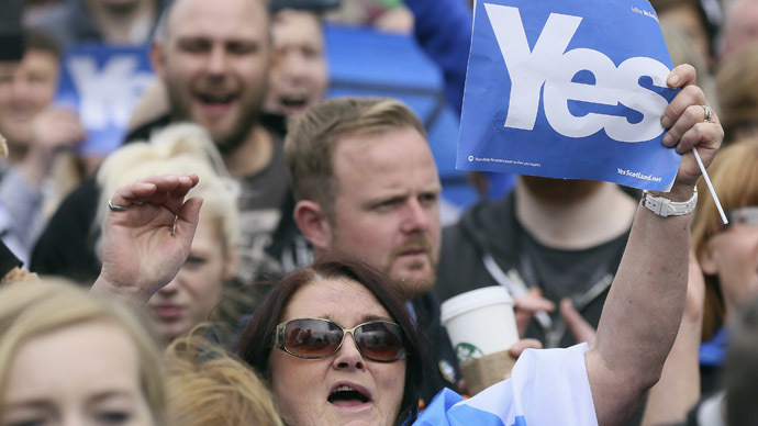 """'Clear split: Scottish support """"YES"""" campaign, UK media """"NO"""" movement'"""