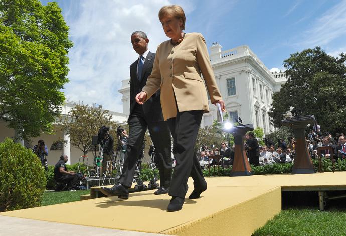 US President Barack Obama (L) and German Chancellor Angela Merkel (AFP Photo / Jewel Samad)