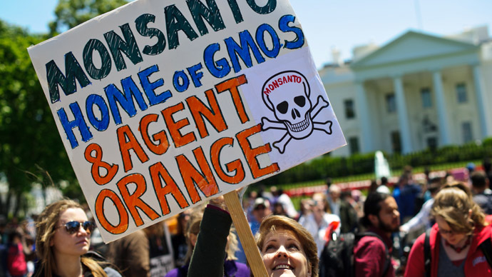 'Monsanto uses Indian farmers to contaminate world with GMO crops'