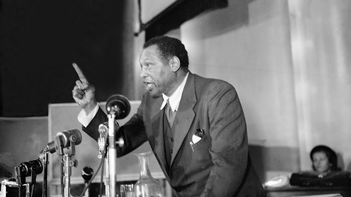 Old man giver: Paul Robeson's altruism shouldn't be forgotten