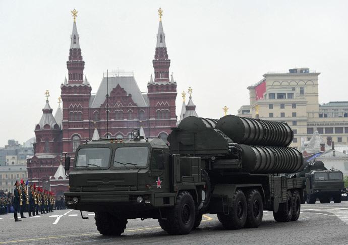 """S 400 """"Triumf"""" air defense missile systems (RIA Novosti/Alexey Kudenko)"""
