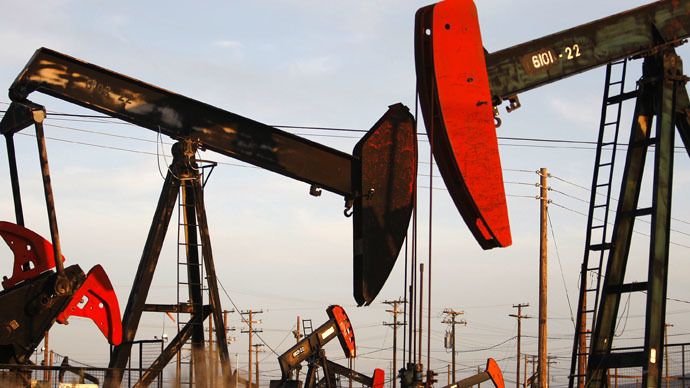 'Plunging oil has 'definite effect' on Canada'