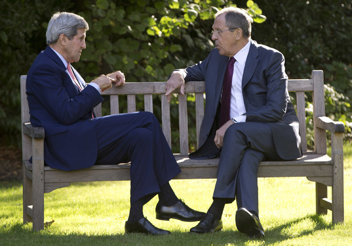 Russian Foreign Minister Sergey Lavrov (R) and U.S. Secretary of State John Kerry. (Reuters/Carolyn Kaster)