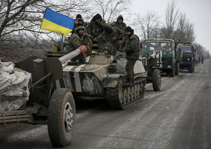 A convoy of Ukrainian armed forces. (Reuters / Gleb Garanich)