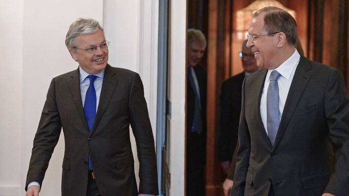 Russian Foreign Minister Sergey Lavrov, right, and Belgian Foreign Minister, Chairman of the Committee of Ministers of the Council of Europe Didier Reynders meet in Moscow.(RIA Novosti / Vladimir Astapkovich)