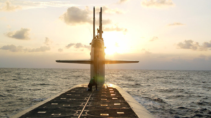 There's something in the water: Another 'Russian submarine' excites Western media