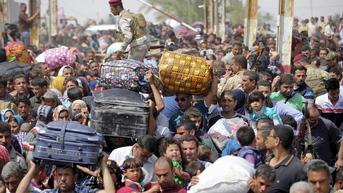 Displaced Sunni people. (Reuters/Stringer)
