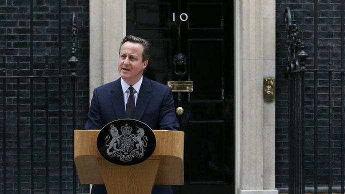 Britain's Prime Minister David Cameron speaks outside Number 10 Downing Street to announce he will form a new majority goverment, in London, Britain May 8, 2015. (Reuters/Stefan Wermuth)