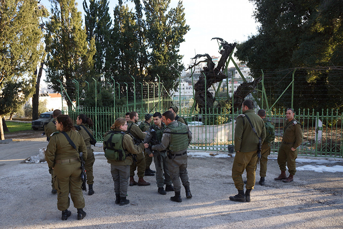 Israeli soldiers on a visit to the Oak of Mamre (Photo by Nadezhda Kevorkova)
