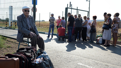 '2 million Donbass citizens displaced - people desperate to join their relatives'