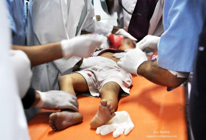 Reham Nabaheen, 4, killed by Israeli shrapnel to her head, November 21, 2012 (Photo by Eva Bartlett)