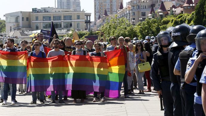 'Darlings of the West beating gays in Kiev'