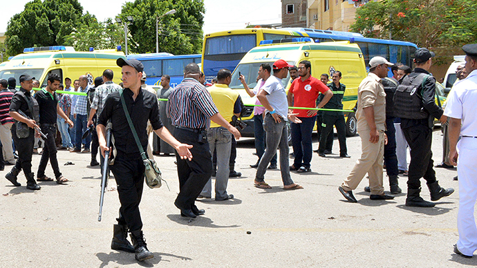 Luxor terror attack: 'Change in IS strategy- soft target course'
