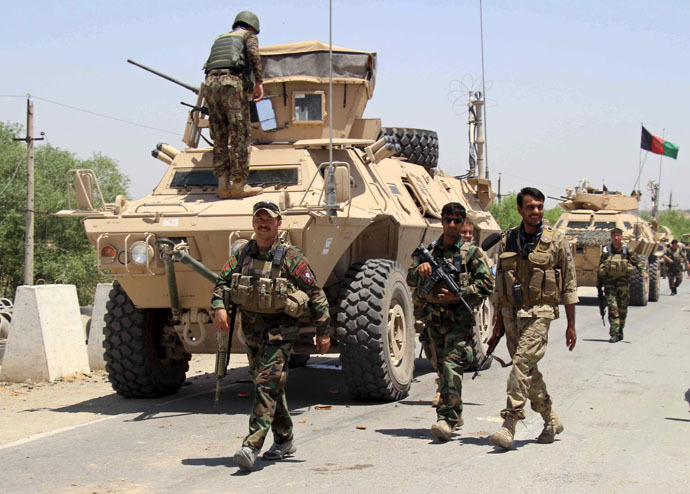 Afghan forces prepare for battle with Taliban on the outskirts of Kunduz city, northern Afghanistan June 21, 2015. (Reuters)