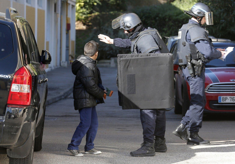 Marseille : tirs de kalachnikov sur des policiers le jour de la visite de Manuel Valls