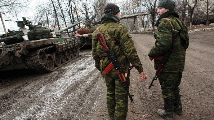 Des milices de l'est. (RIA Novosti / Nikolay Hizhnyak)