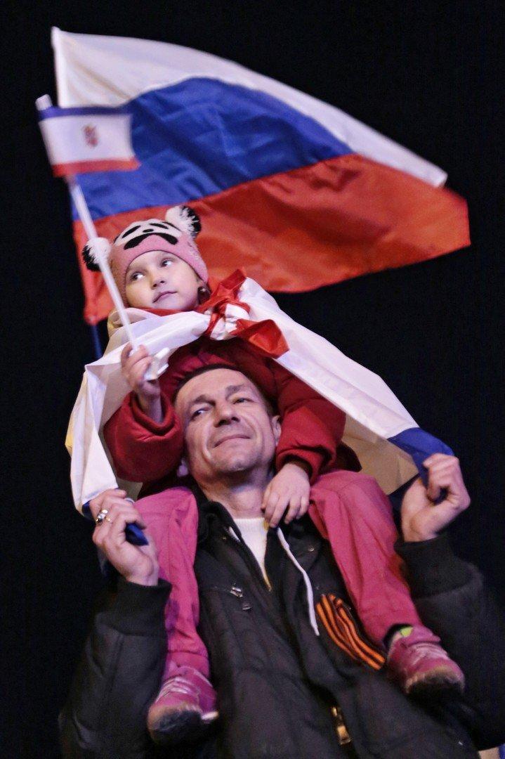 Les habitants de Simféropol après le référendum sur le statut de la Crimée