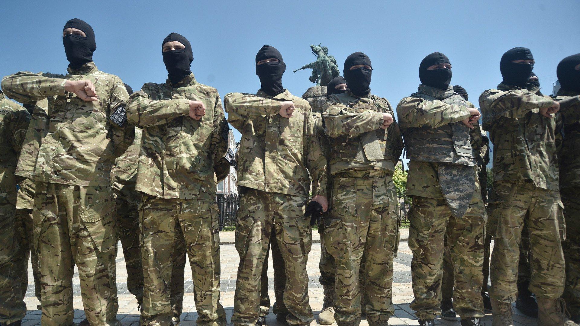 Le quotidien USA Today trouve des nazis dans le bataillon de volontaires de Kiev
