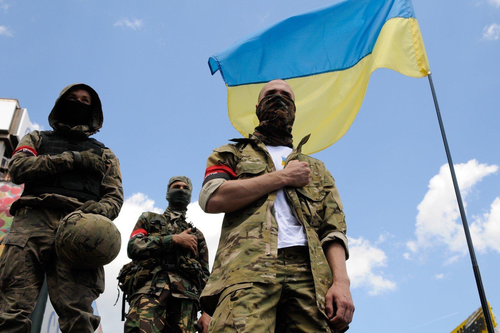 Les combattants du mouvement ultranationaliste «Secteur droit»