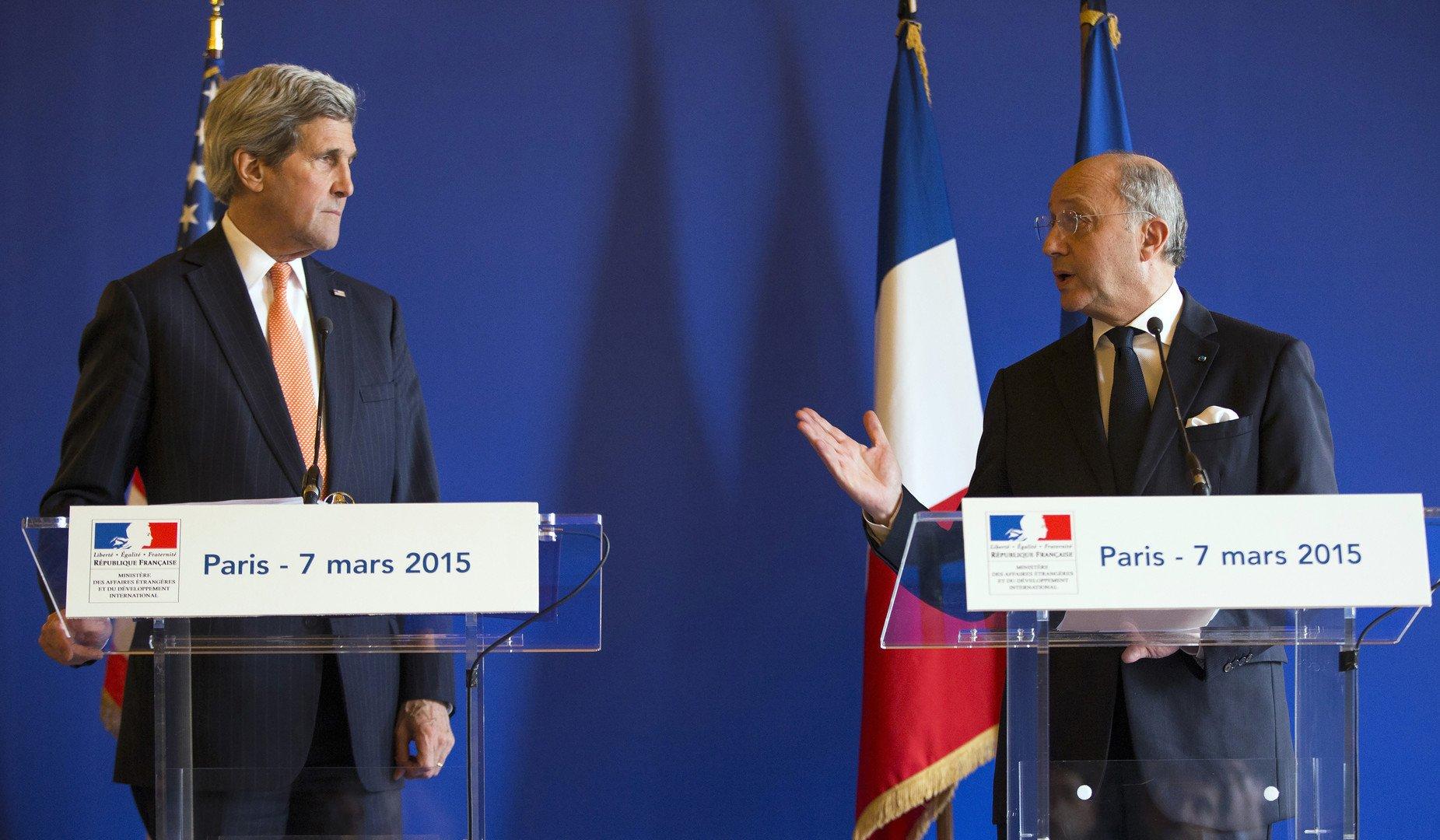 John Kerry et Laurent Fabius