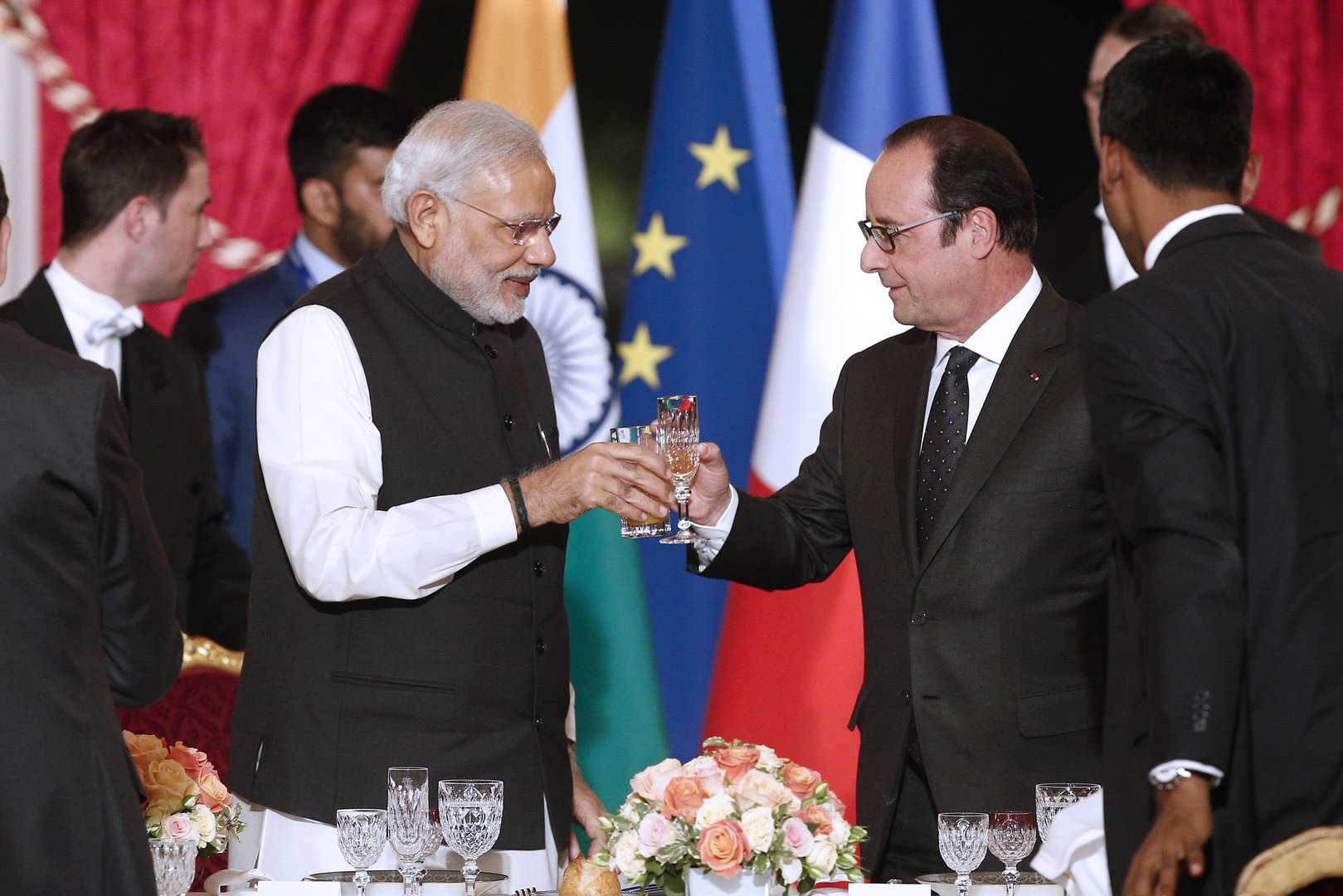 Le président de la République Fraçois Hollande et le Premier ministre indien Narendra Modi