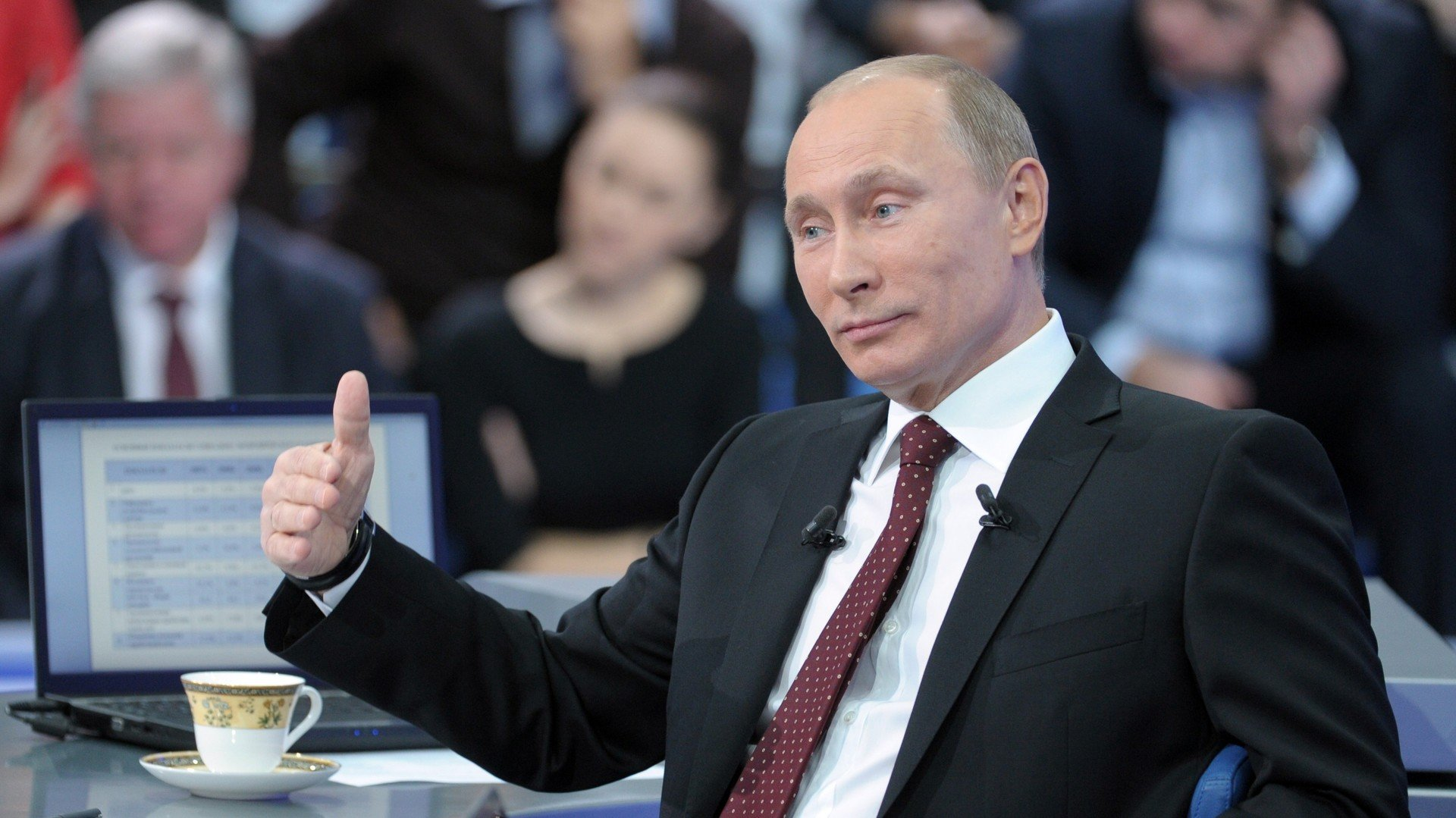 Vladimir Poutine au cours du marathon annuel de questions-réponses, 15 décembre 2011