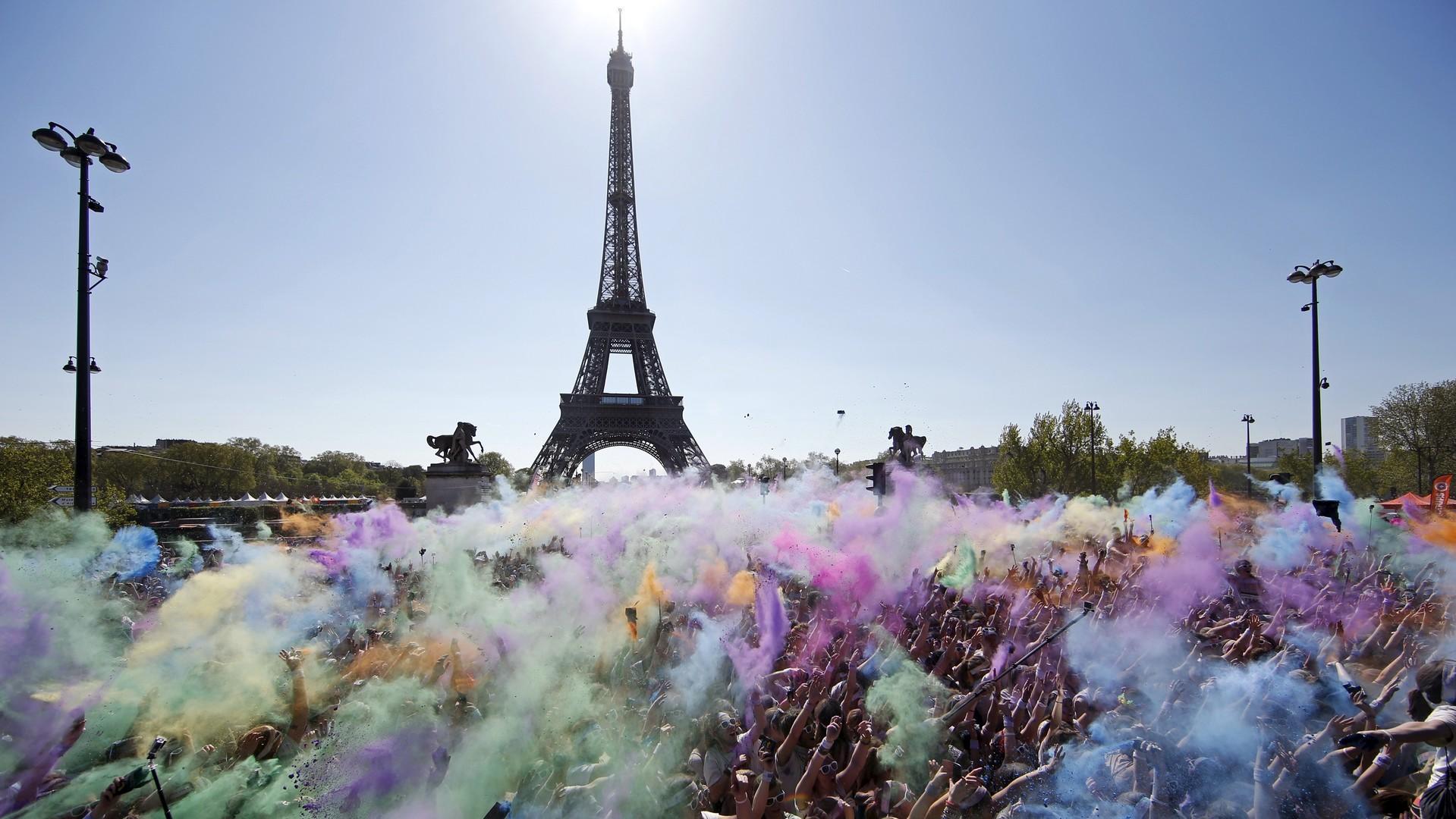 Une course colorée  à Paris