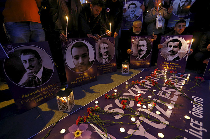 Manifestation en hommage aux victimes du génocide arménien à Istanbul