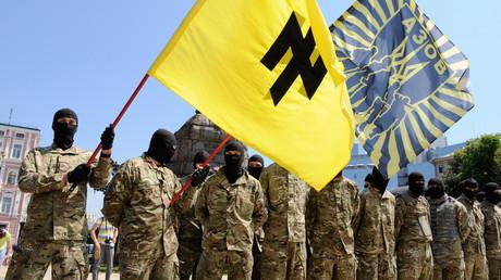 Les combattants du bataillon de volontaires pro-gouvernement Azov