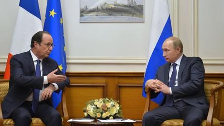 Hollande : aucune décision sur les Mistrals