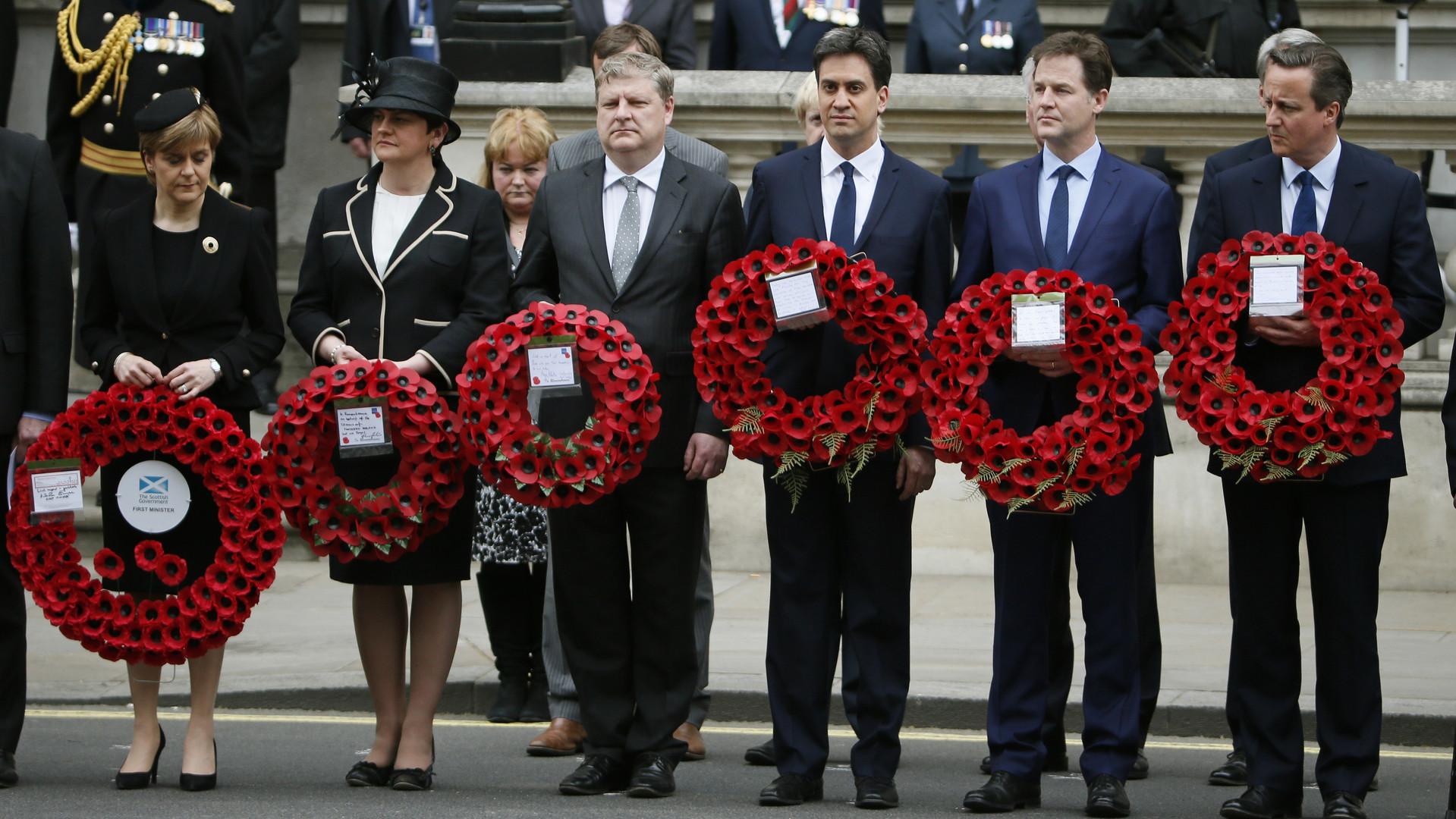 Nicola Sturgeon avec Arlene Foster, Angus Robertson, Ed Miliband, Nick Clegg et David Cameron