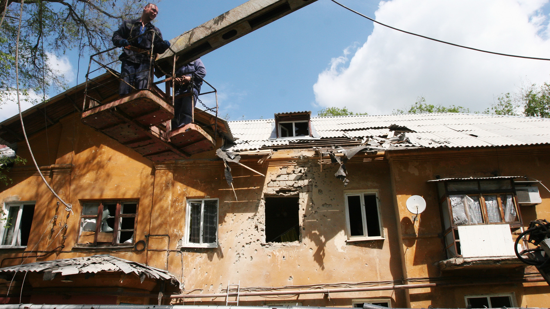 Une maison détruire après les bombardements des forces de Kiev