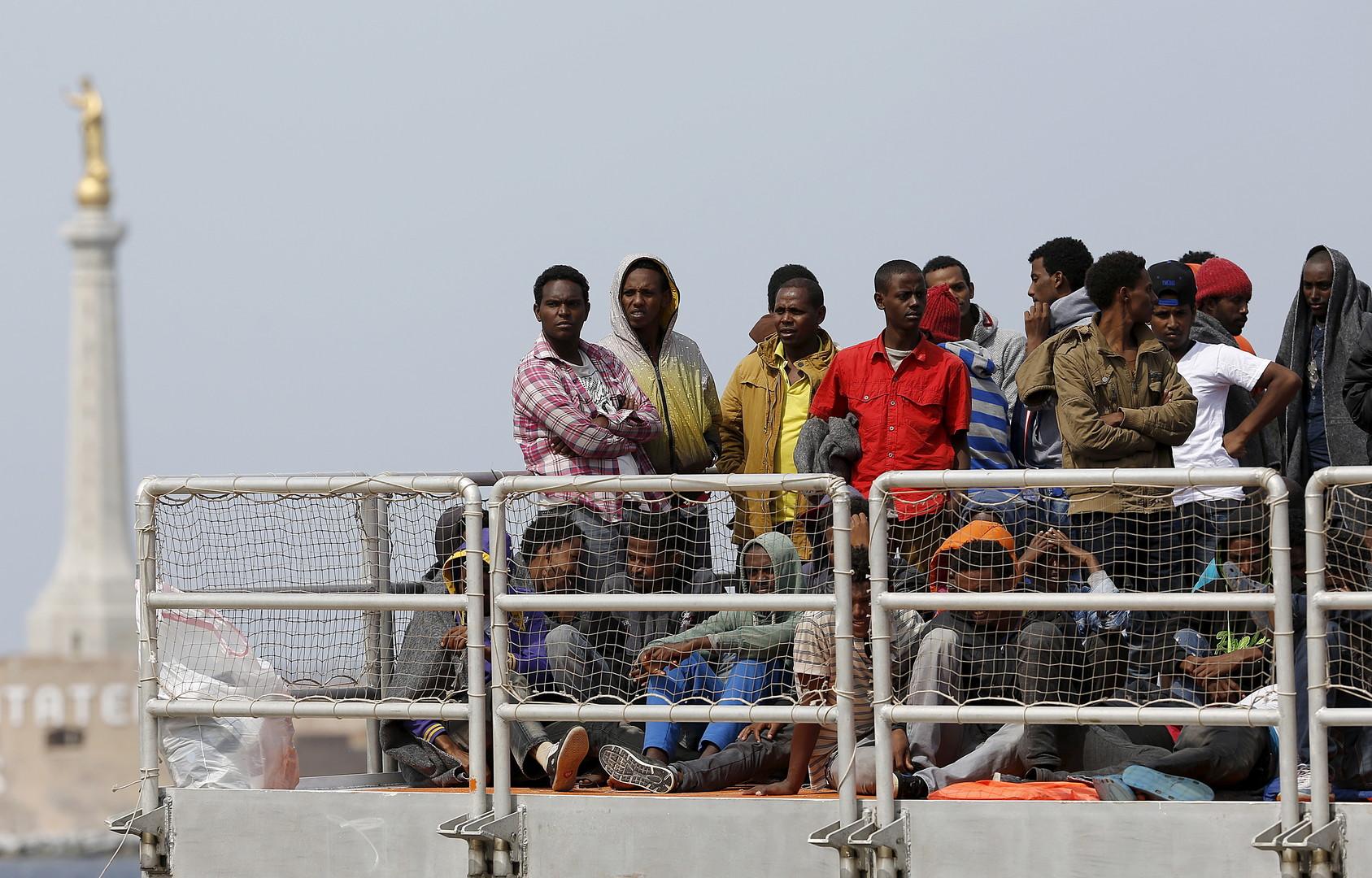 Les migrants libyens à la côte italien