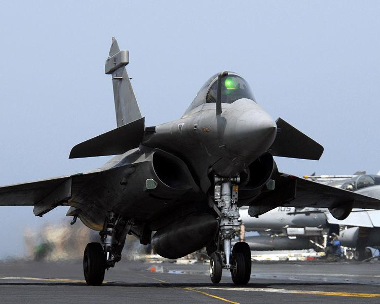 Budget militaire : la «très chère» armée française