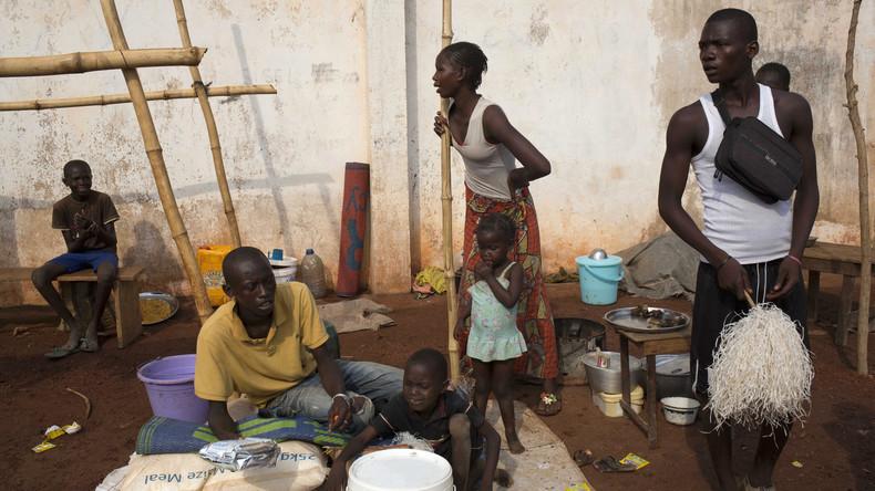 Le camp de déplacés dans l'aéroport international de Bangui