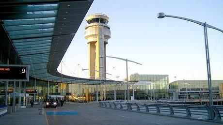 Les jeunes gens ont été interceptés par la Police à l'aéroport Pierre-Eliott Trudeau de Montréal