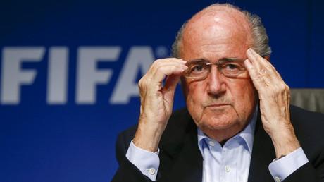 Blatter à Platini : je ne démissionnerai pas mais j'aurais pu le faire