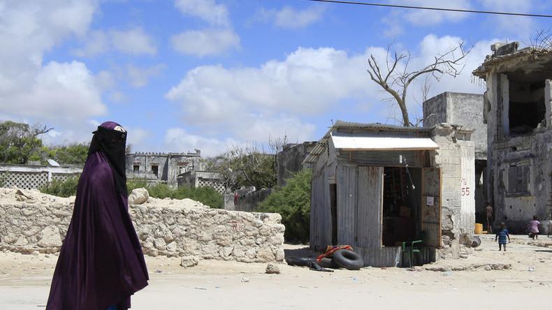 le tchad interdit le port de la burqa rt en fran 231 ais