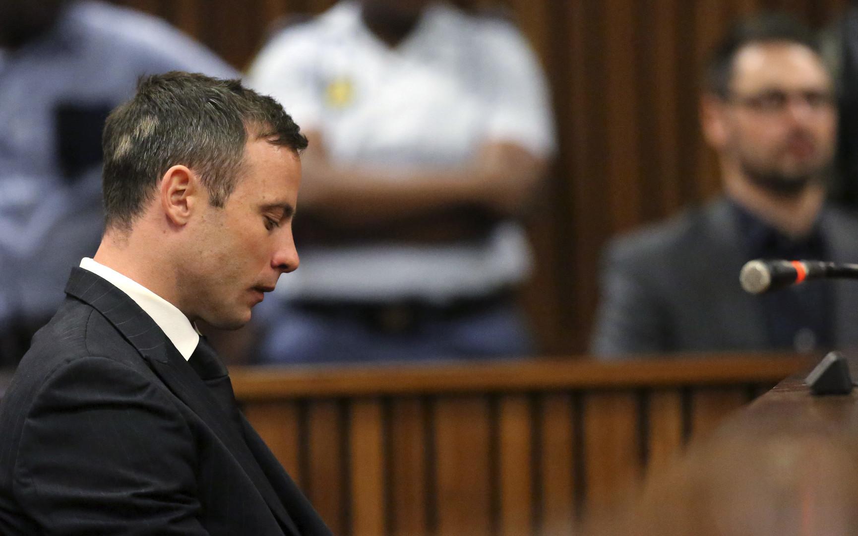Oscar Pistorius lors de son procès pour le meurtre de sa compagne Reeva Steenkamp