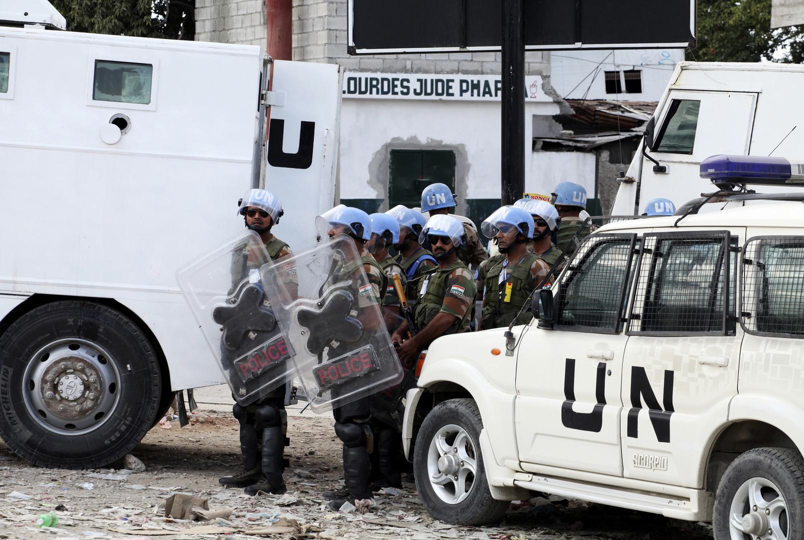 Des casques bleus à Port-au-Prince