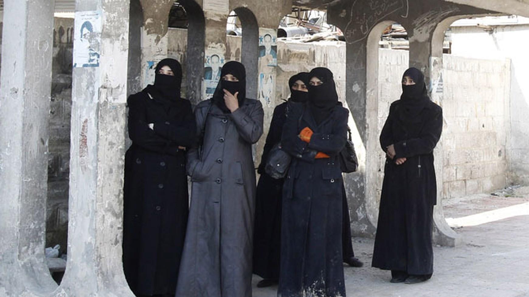 Les fiancées du Djihad : Daesh développe l'exploitation sexuelle