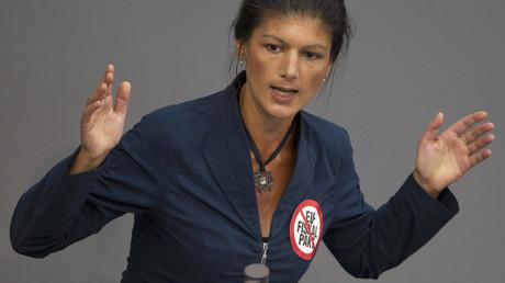 Des députés allemands solidaires de la Grèce, critiques avec Merkel