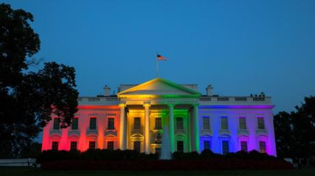 La Maison Blanche s'est habillée des couleurs de l'arc-en-ciel, vendredi 26 juin.
