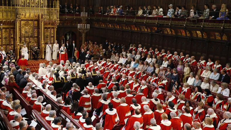 Coca ne et prostitu es relancent le d bat sur la chambre des lords en angleterre rt en fran ais - Chambre des lords angleterre ...