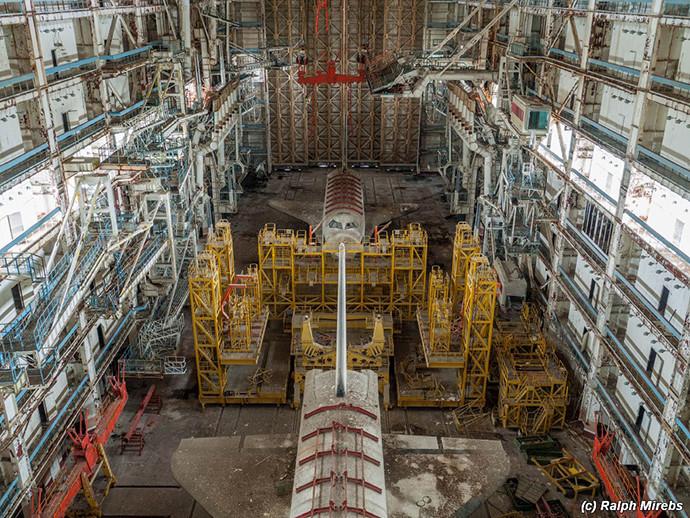 L'intérieur du hangar aujourd'hui