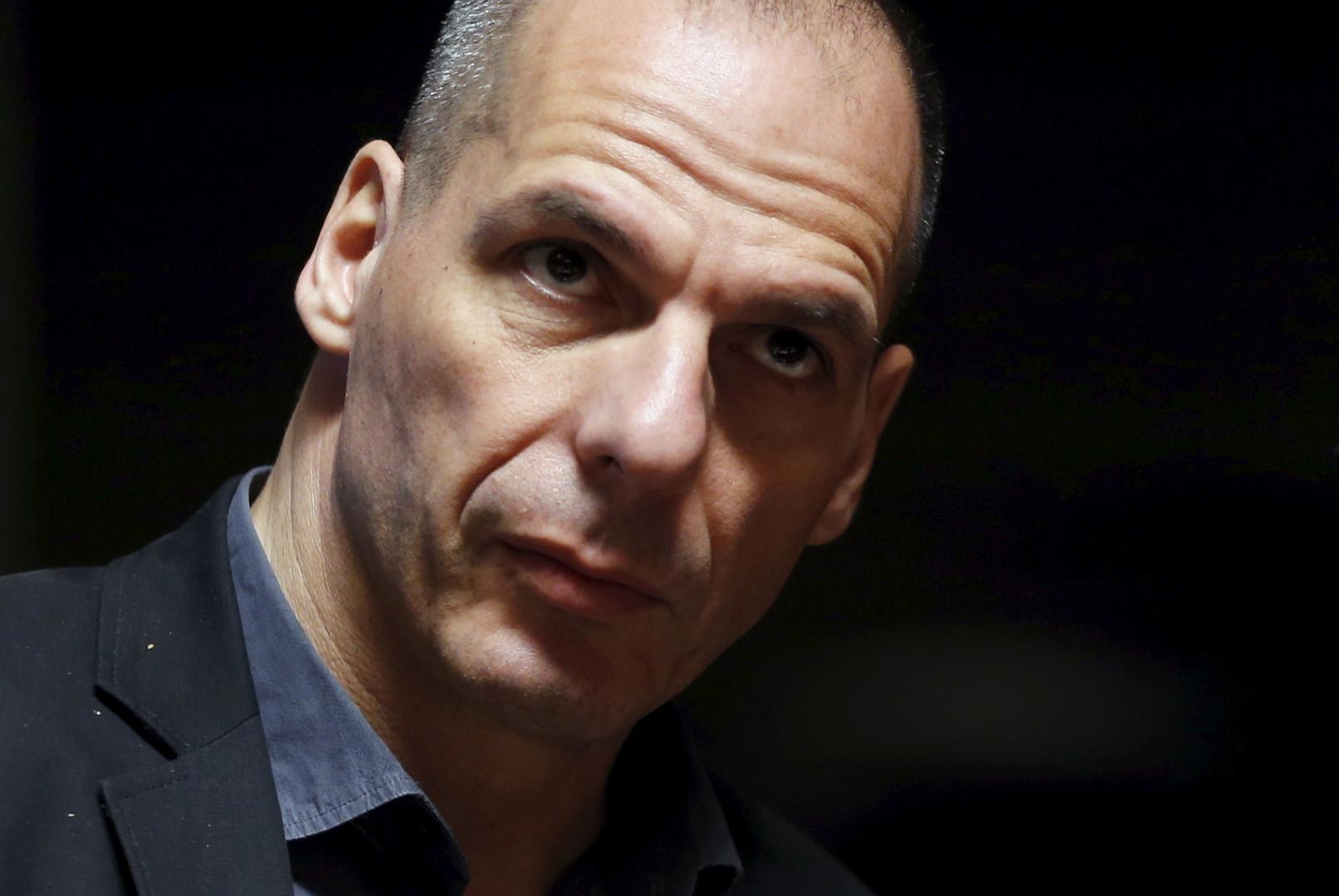 «Il ne négocie pas, il déchire !» Varoufakis, l'(ex-)ministre des Finances le plus cool