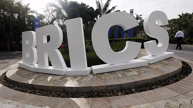 Assistant de Poutine : la Banque des BRICS, la crise grecque et l'Ukraine au menu des sommets d'Oufa